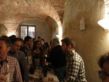 ヴィッラ・ファヴォリータの様子。ヴィッラ・ファヴォリータは古い屋敷を借りての試飲会で、少し狭いけれど雰囲気良好です。