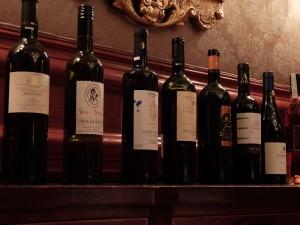 ラザラキスM.W.がディナーに持参したワインたち